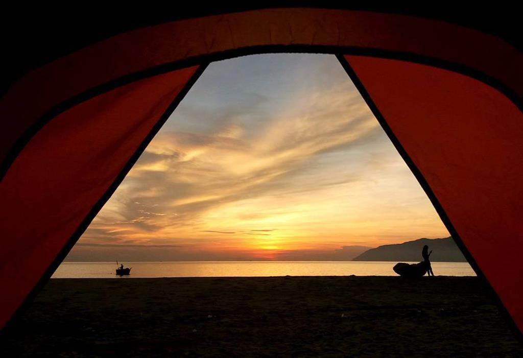 Danang overnight camping sites van village sunset