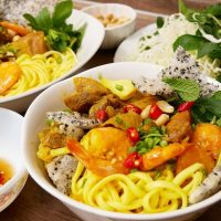 Find a local travel buddy: Eat like a local with 7 delicious Danang food