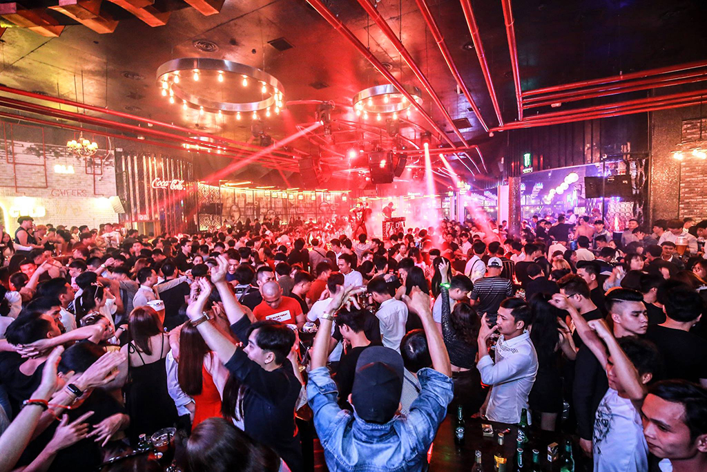 Top 7 best bars in Danang to enjoy the eventful nightlife