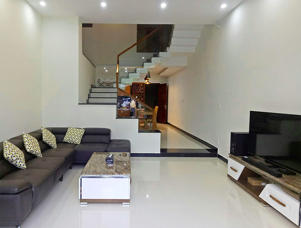Danang house for rent Phan Tu Street living room 2