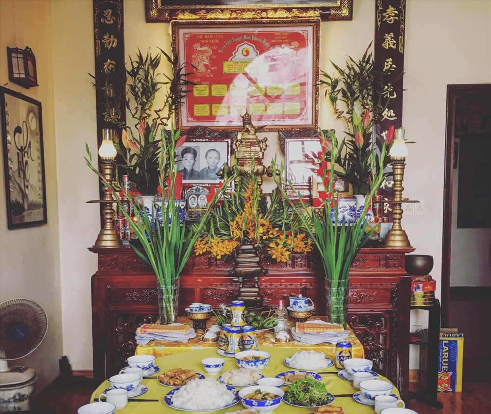 death anniversary in Vietnam traditional altar