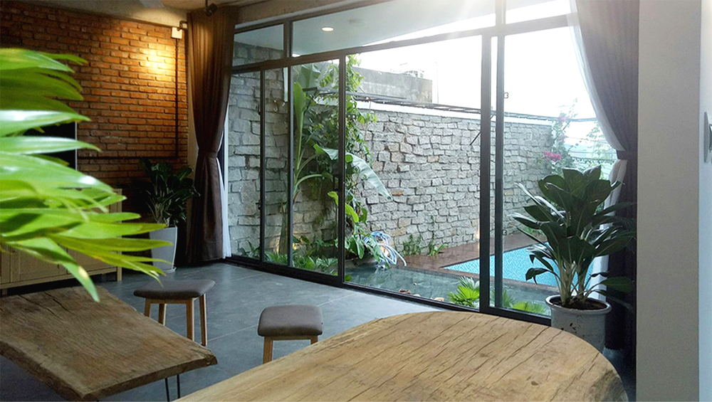 luxury house for rent in Danang Nguyen Dinh Chieu st livingroom