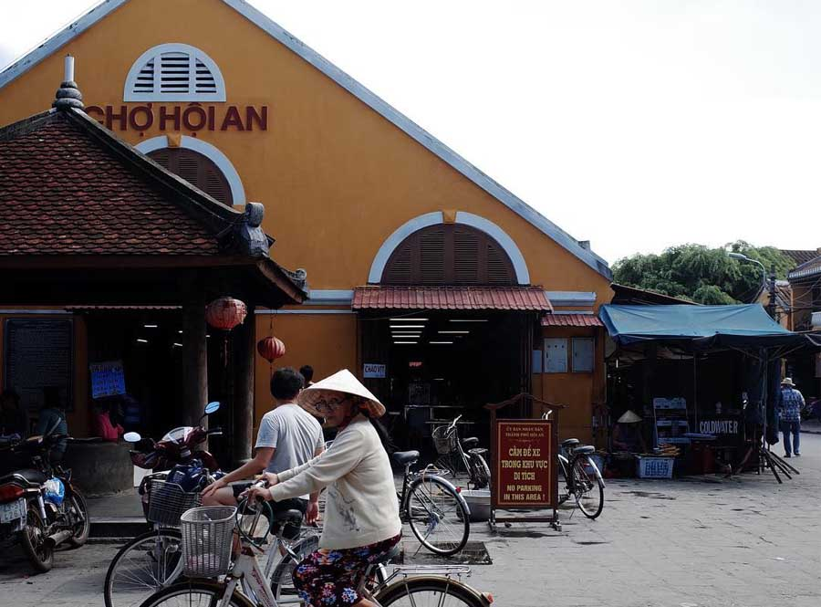 hoi an central market is a great place to explore the local cuisine