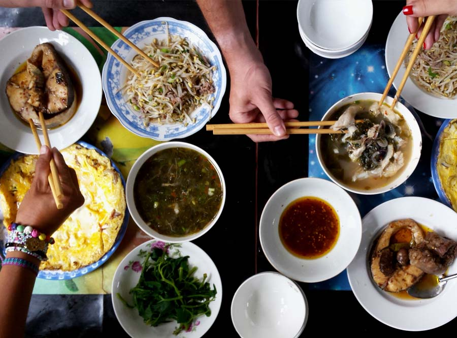 vietnamese meal is a great traditional culture that the locals try to maintain