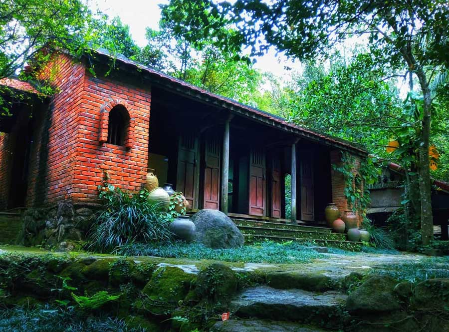 dong dinh museum is like a secret garden in son tra peninsula