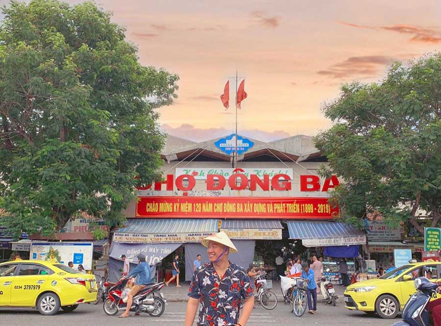 Dong Ba market is the biggest and the most famous market in hue thus it must be listed in top things to do in hue city