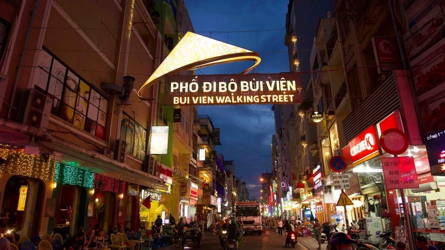drinking in bui vien - things to do in sai gon