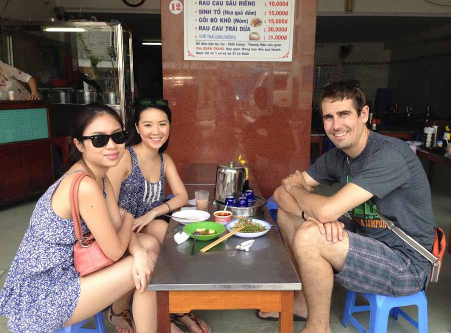 da nang tour with morning food and evening food to please your stomach