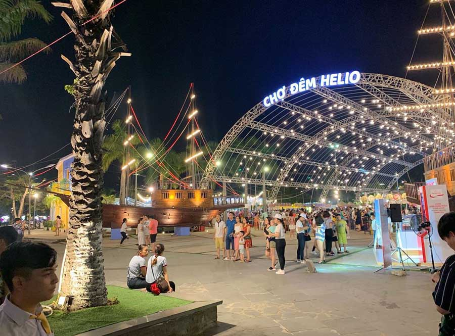 helio night market is one of the most popular places to visit in danang for street food