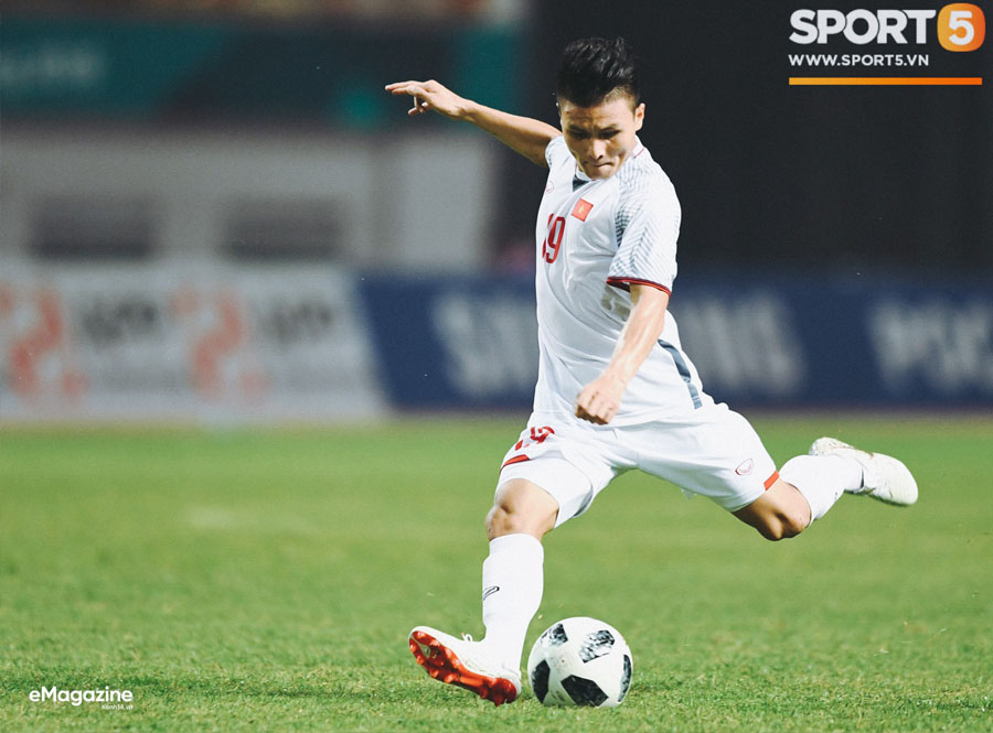 nguyen quang hai is the best football player in vietnam football history