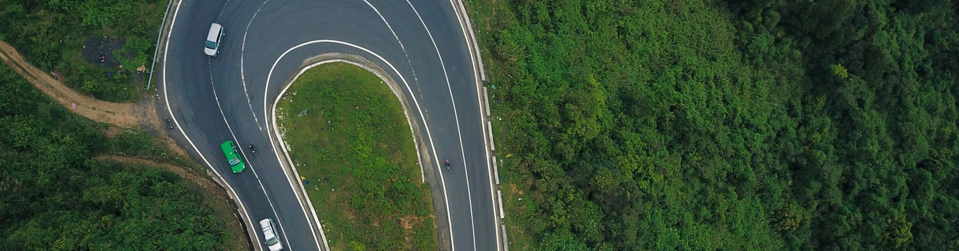Top 4 places to have a good car rental from Da Nang to Hue